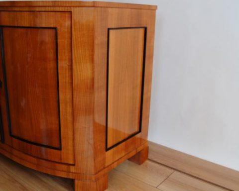 B25 Biedermeier Schrank mit 2 Türen