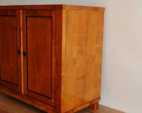 B26 Biedermeier Schrank mit 2 Türen