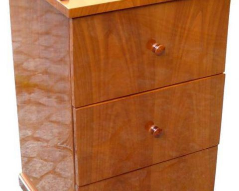 B33 Kommode mit 3 Schubladen