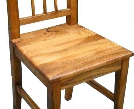 K24 Küchenstuhl aus massiven Nussholz
