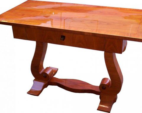 S28 Biedermeier Tisch aus massiven Kirschholz